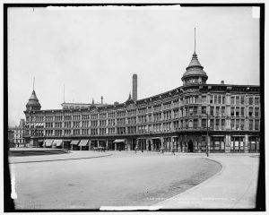 Hotel English in Indianapolis, Indiana, 1904.
